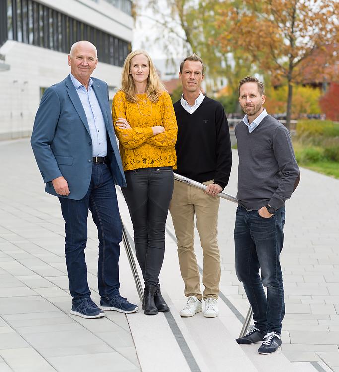 Swedetime-teamet på trappan